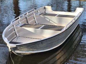 Alumīnija makšķerēšanas laiva 3,8m